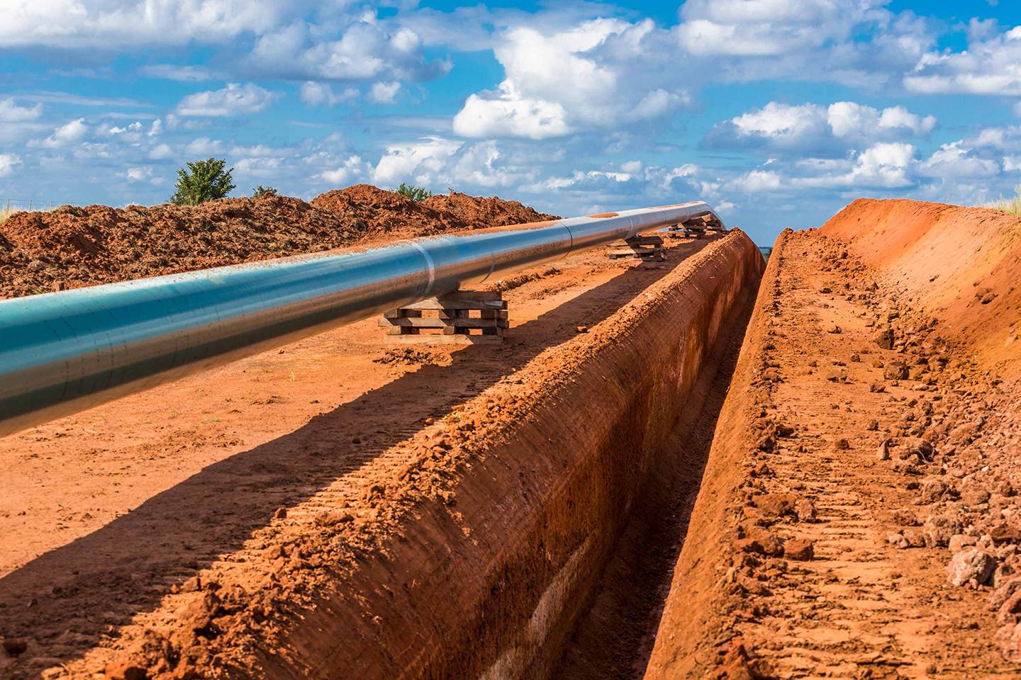 Arbuckle Pipeline construction